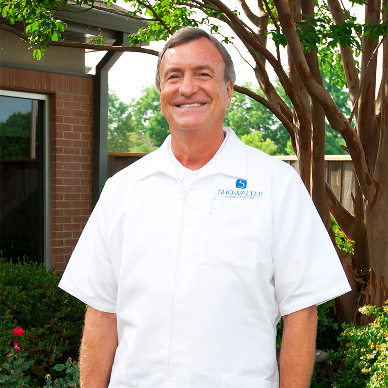 Dr. Ken Showalter